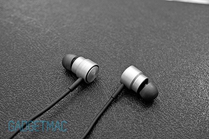 akg_k391_nc_active_noise_canceling_in_ear_headphones_1.jpg