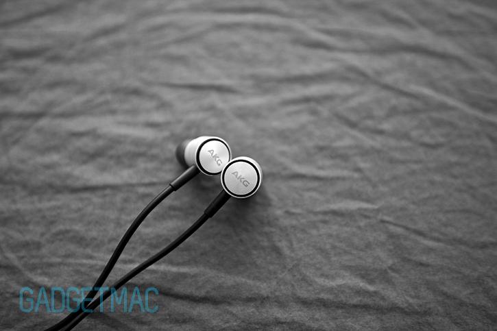 akg_k391_nc_in_ear_headphones.jpg
