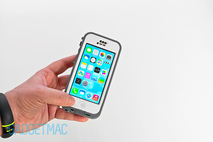 lifeproof_nuud_waterproof_rugged_case_for_iphone_5c_white_home_button.jpg