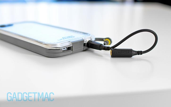lifeproof_nuud_waterproof_rugged_case_for_iphone_5c_headphone_port_adapter.jpg