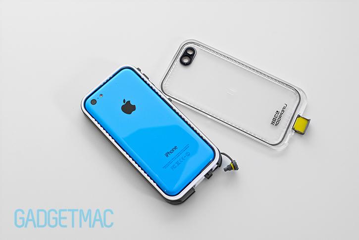 lifeproof_nuud_waterproof_rugged_case_for_iphone_5c_installation.jpg