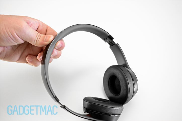 beats_solo_2_headphones_headband_padding_interior.jpg