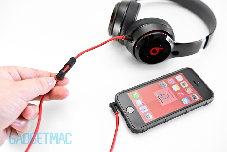 beats_solo_2_headphones_remotetalk_cable.jpg