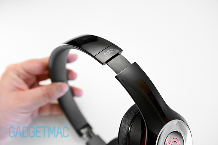beats_solo_2_headphones_brushed_metal_headband_adjustment.jpg