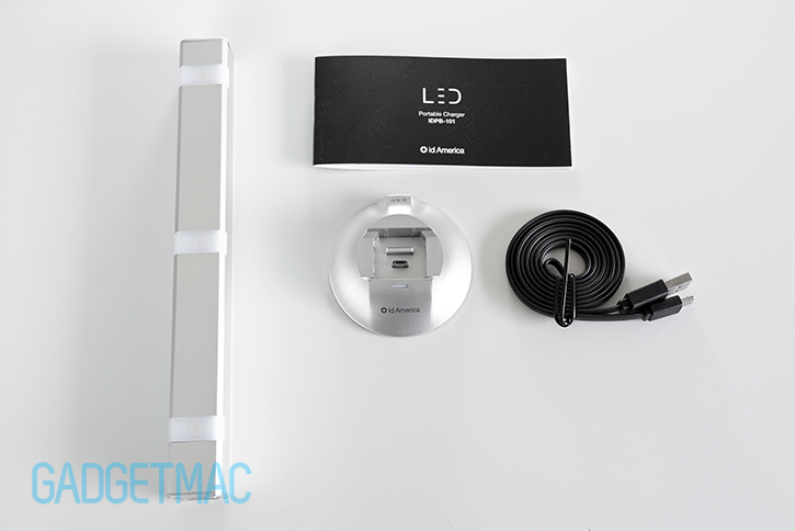 id_america_led_battery_charger_unboxed.jpg