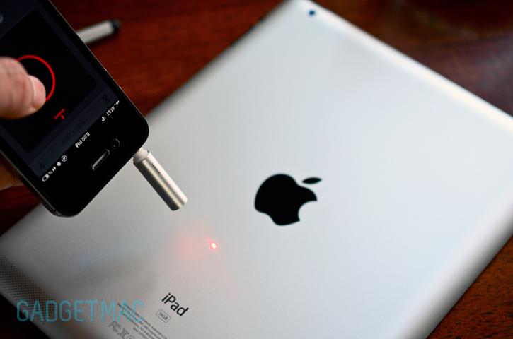 tangram_smart_dot_laser_stylus_ipad.jpg