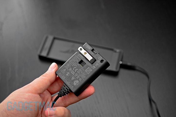 bose_soundlink_mini_wall_power_adapter.jpg
