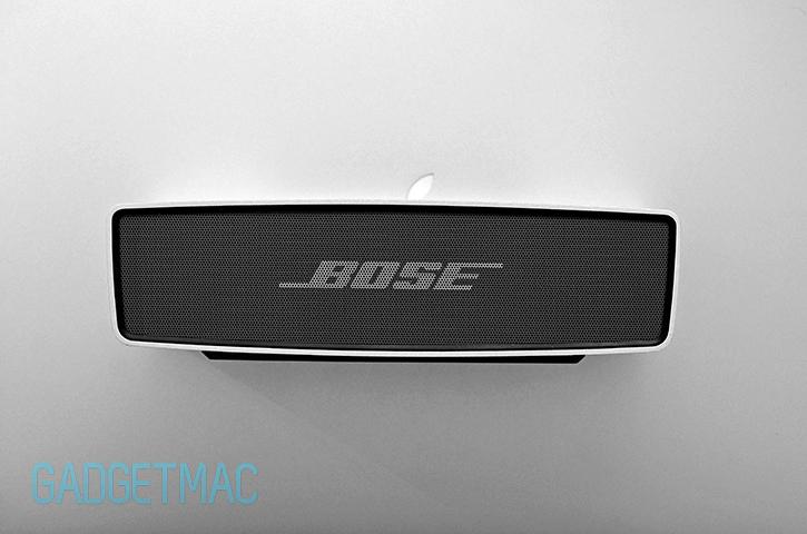 bose_soundlink_mini_wireless_portable_speaker_aluminum_design.jpg