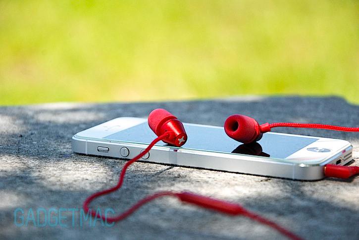 id_america_the_new_metropolitan_in_ear_headphones.jpg