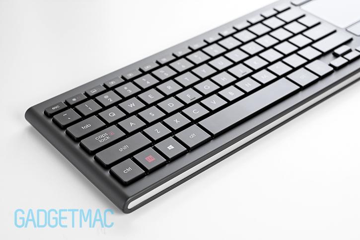 logitech_k830_keyboard_2.jpg