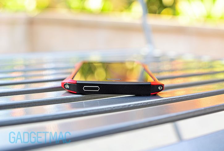 draco_design_ventare_a_aluminum_iphone_5s_bumper_case_power.jpg