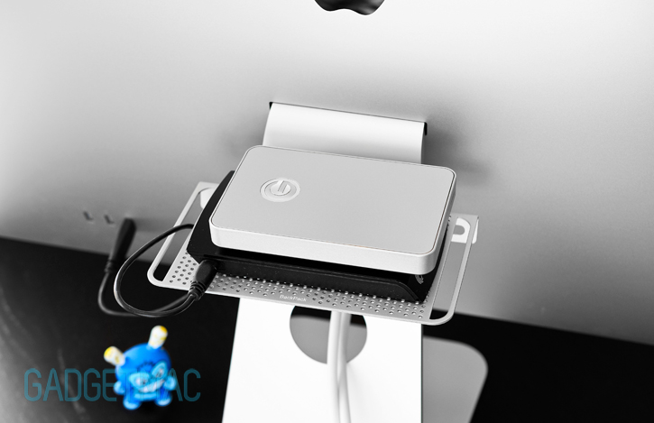 twelve_south_backpack_2_hard_drives.jpg