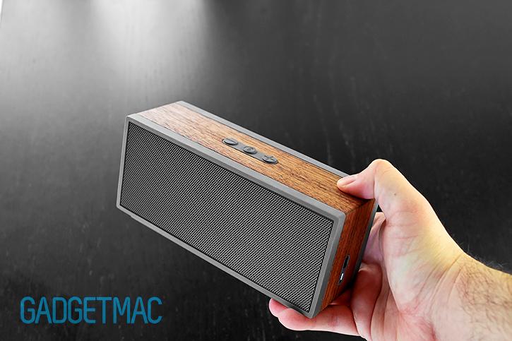 grain_audio_walnut_wood_portable_wireless_speaker_pws_01.jpg