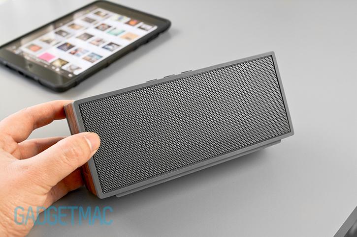 grain_audio_pws_portable_wireless_bluetooth_woodgrain_speaker.jpg