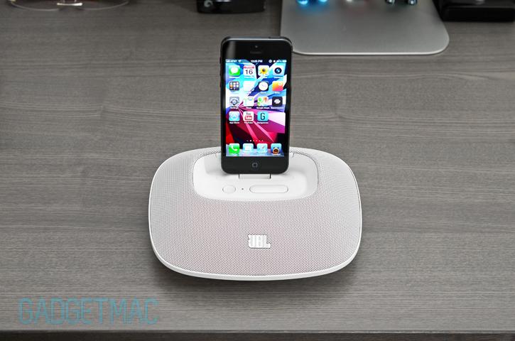 jbl_onbeat_micro_iphone_5_speaker_dock_white.jpg