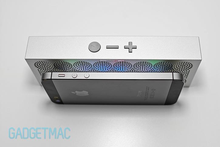 jawbone_mini_jambox_ultra_slim_aluminum_speaker_enclosure.jpg