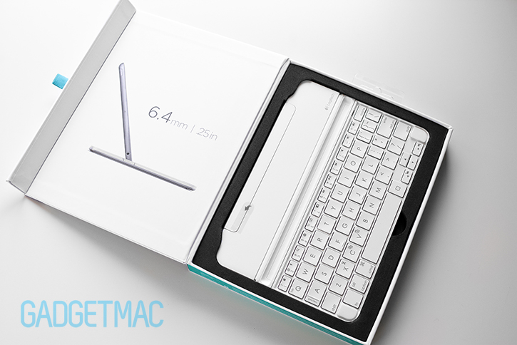 logitech_ultrathin_2_magnetic_clip_on_keyboard_cover_unboxed.jpg