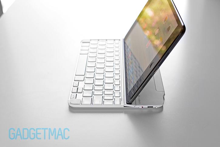 logitech_ultrathin_2_aluminum_keyboard_cover_for_ipad_flexible_stand_2.jpg