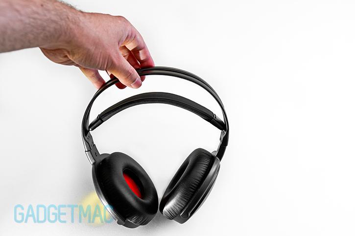 nuforce-hp800-headphones.jpg