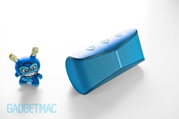logitech_x300_mobile_bluetooth_speaker_blue.jpg
