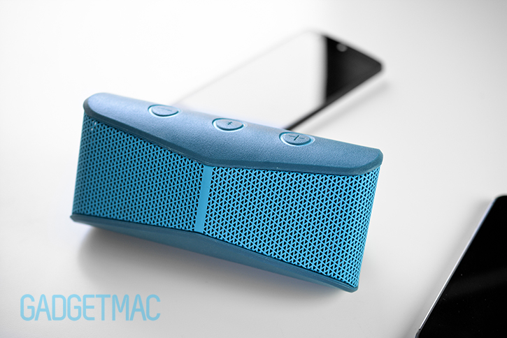 logitech_x300_bluetooth_mobile_portable_speaker_blue_front_grille.jpg