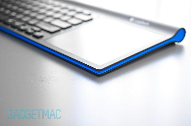 logitech_tk820_wireless_keyboard_blue.jpg
