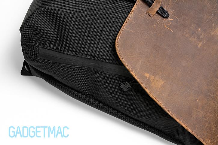 waterfield_staad_side_pocket_zipper.jpg