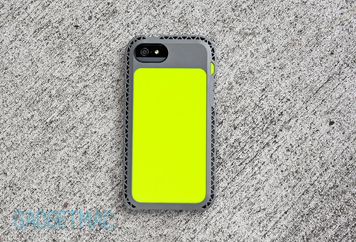 lunatik_seismik_iphone_5_case_back_green.jpg