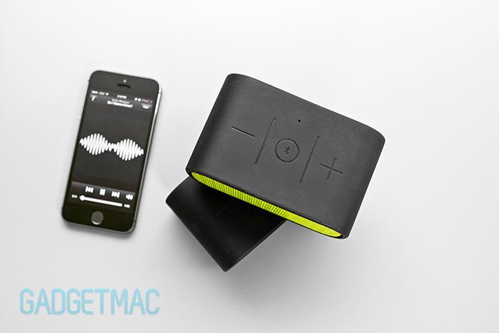 ultimate_ears_ue_mini_boom_top_controls_bluetooth_speaker.jpg