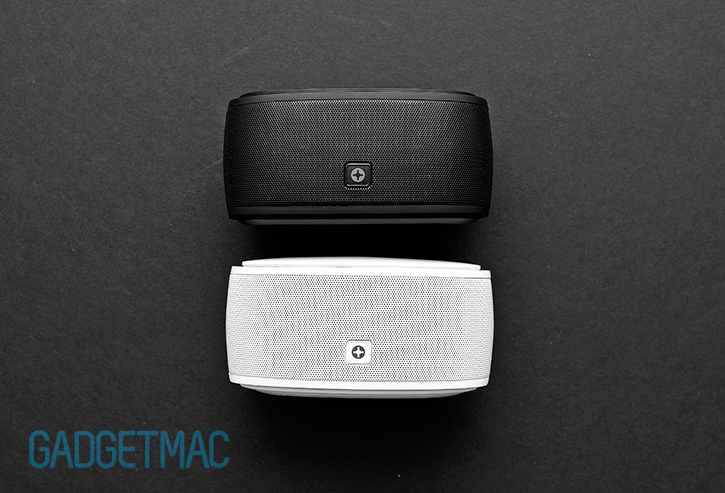 id_america_touchtone_black_white_portable_wireless_speakers.jpg