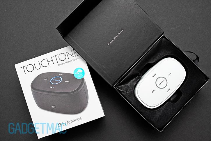 id_america_touchtone_portable_wireless_speaker_packaging.jpg