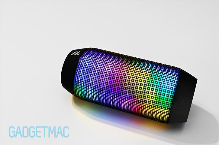 jbl_pulse_portable_wireless_speaker_multicolor_led_lighting.jpg