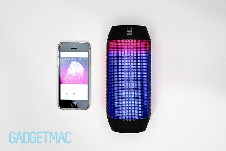 jbl_pulse_bluetooth_speaker_light_top.jpg