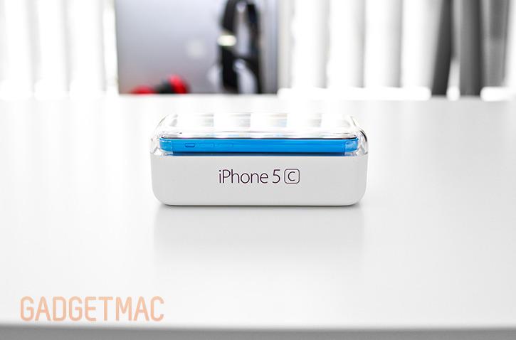 apple_iphone_5c_blue_packaging_side.jpg