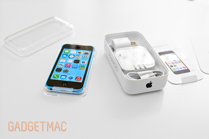 apple_iphone_5c_blue_package_contents.jpg