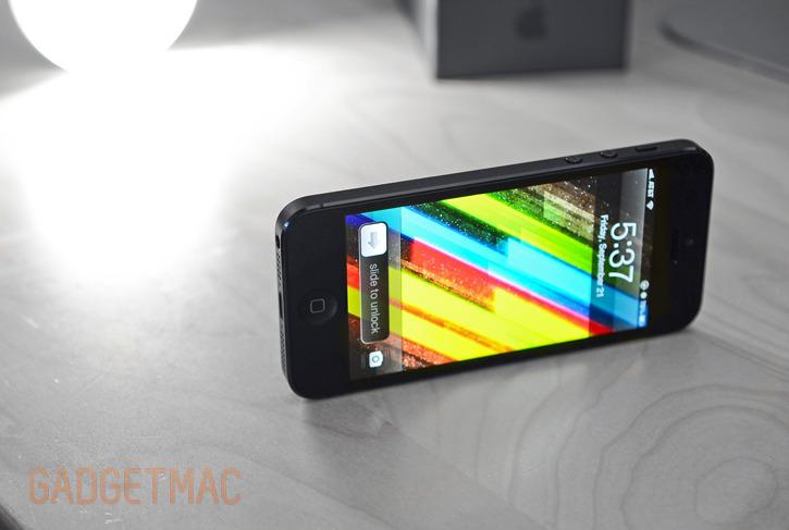 black-iphone-5-screen-hero.jpg