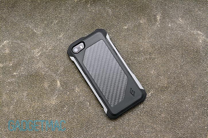 element_case_rogue_al_iphone_5s_case_carbon_fiber_back_1.jpg