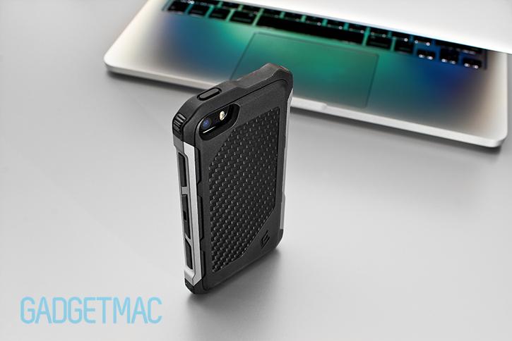 element_case_rogue_al_iphone_5s_case_carbon_fiber_back.jpg