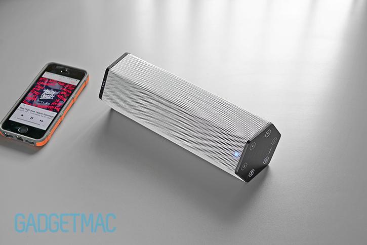 creative_sound_blasteraxx_axx_200_bluetooth_wireless_speaker.jpg