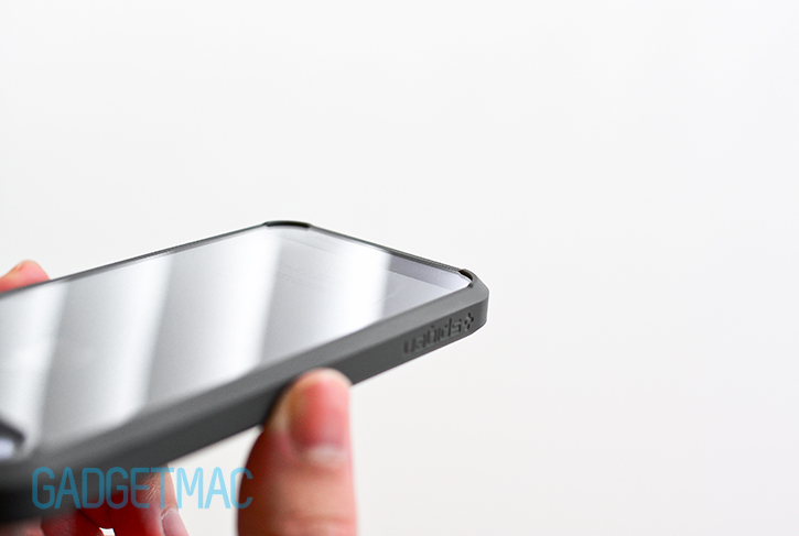 spigen_ultra_hybrid_iphone_5s_see_through_clear_bumper_case_bump.jpg