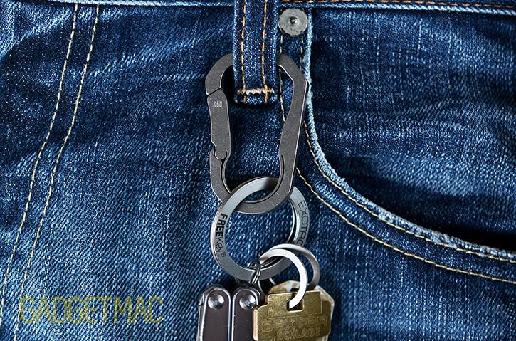 masdesign_bauhaus_titanium_keychain_carabiner_8.jpg