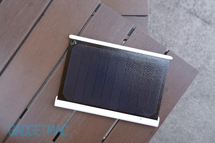 solarade_portable_usb_solar_panel_battery_charger.jpg