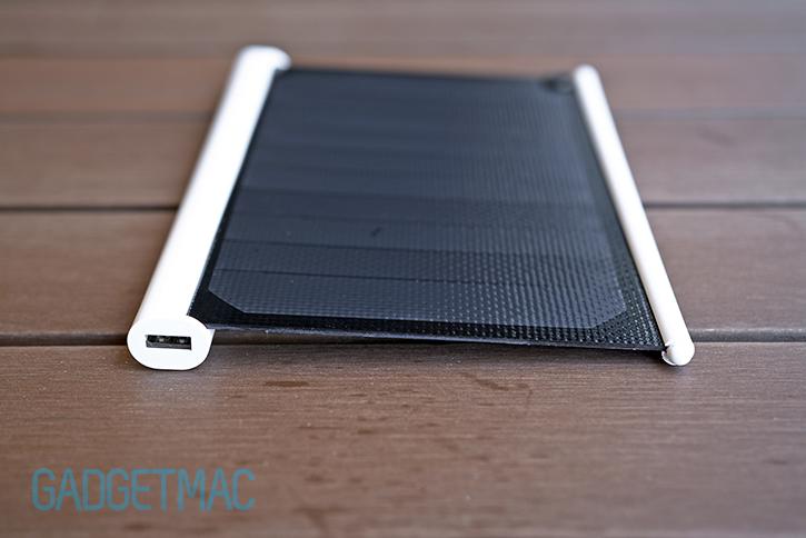 solarade_portable_usb_solar_panel_top.jpg