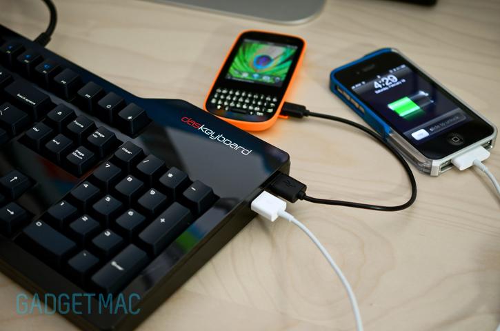 das_keyboard_mechanical_keyboard_usb_hub.jpg