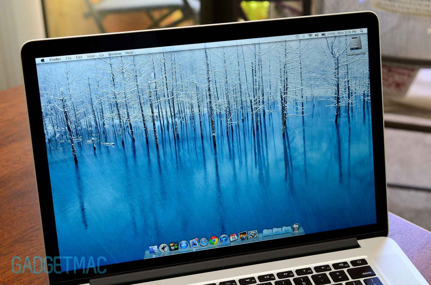 2012_macbook_pro_retina_display_screen.jpg
