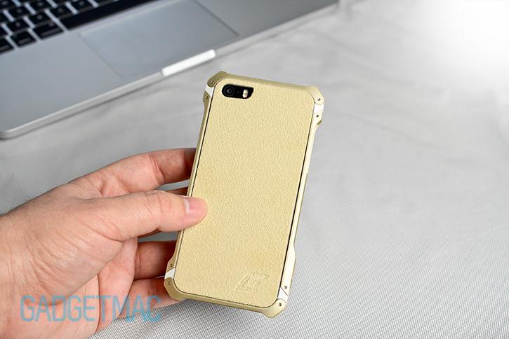 element_case_sector_5_au_gold_aluminum_iphone_5s_case_in_hand.jpg