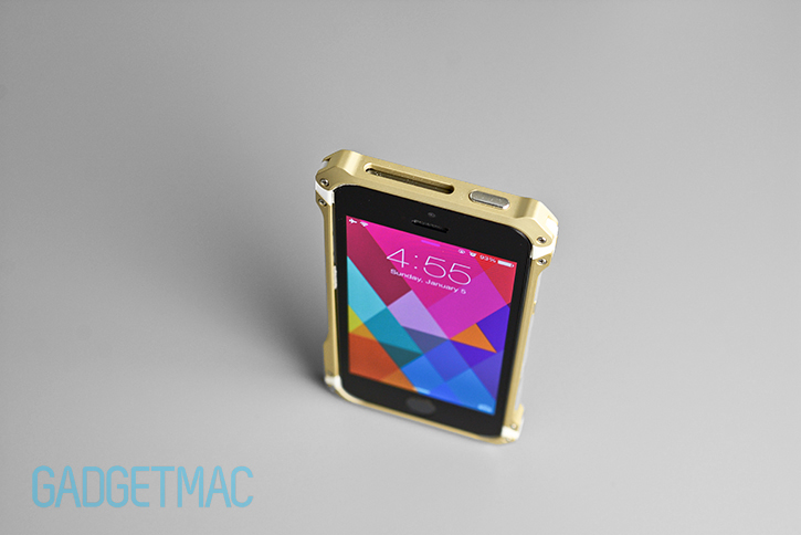 element_case_sector_5_au_gold_aluminum_iphone_5s_case_top.jpg