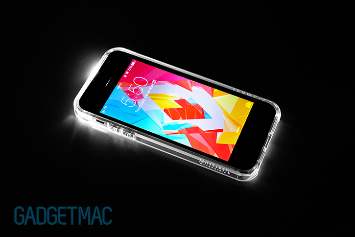spigen_clear_ultra_hybrid_crystal_clear_protective_iphone_5_5s_case_led_alert.jpg