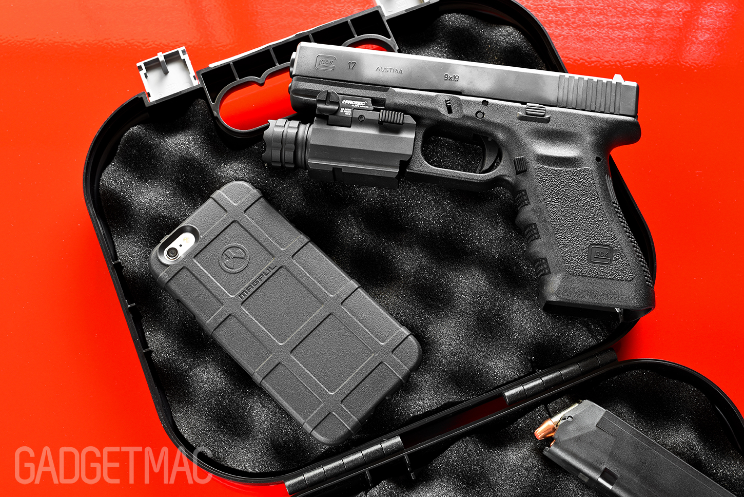 magpul-iphone-6-plus-field-case-glock-17.jpg