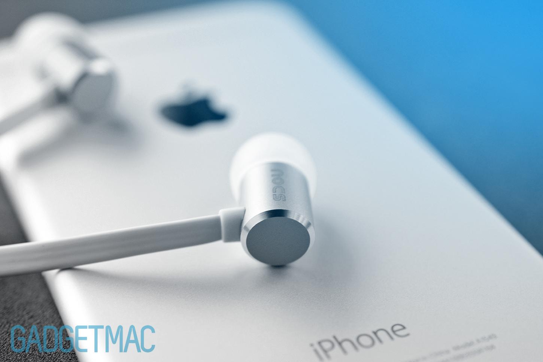 nocs-ns500-aluminum-in-ear-headphones-silver.jpg